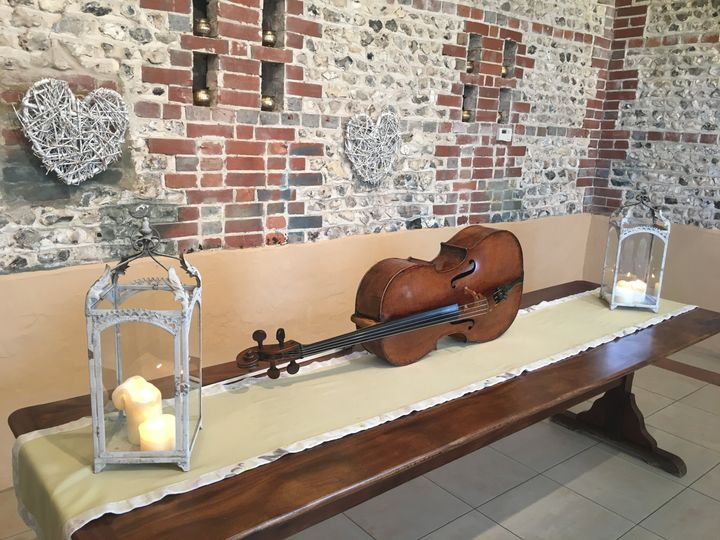 Cello - Wedding venue