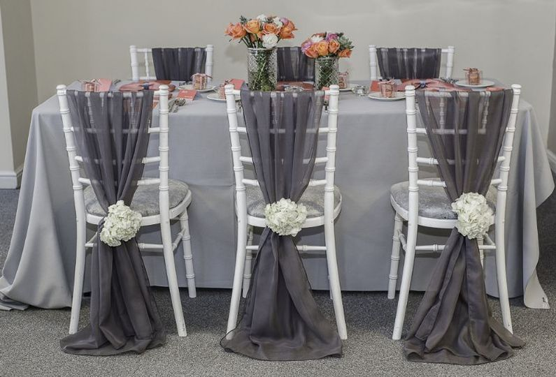 Coloured Linens