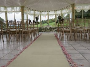 Romantic layout for ceremony
