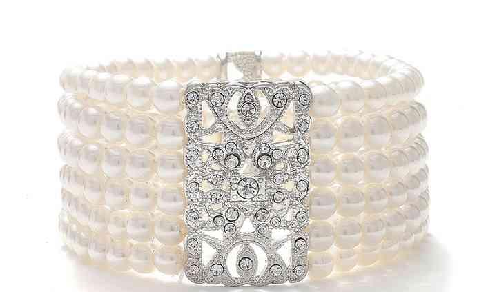 Acacia Ivory Pearl Bracelet