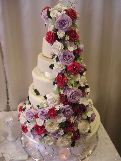 Beautiful floral cake