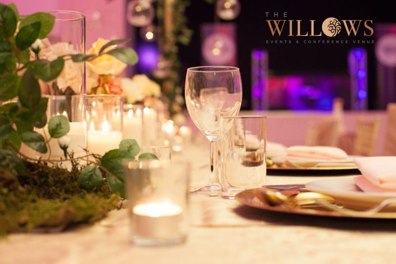 Willows Table Decor