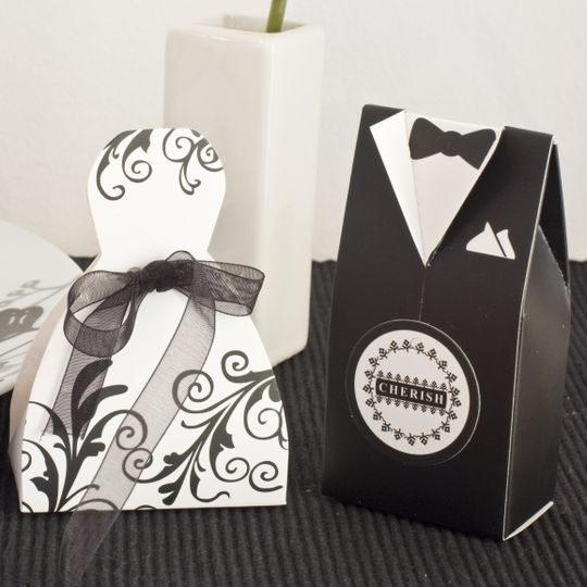 Bride & Groom Favour Boxes - http://brownsweddingfavours.co.uk/shop/category_Bride%2520%2526%2520Groom%2520Favour%2520Boxes/Bride-_-Groom-Favour-Boxes.html?shop_param=cid%3D%26