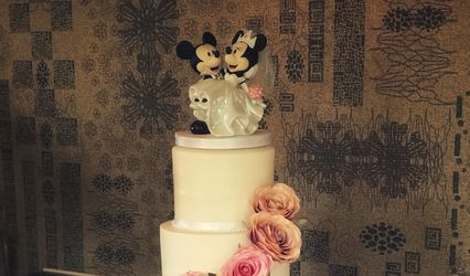 Wedding Cakes by Savanna