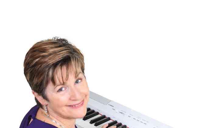 Dawn Fallon - Pianist