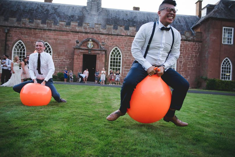 Wedding space hopppers