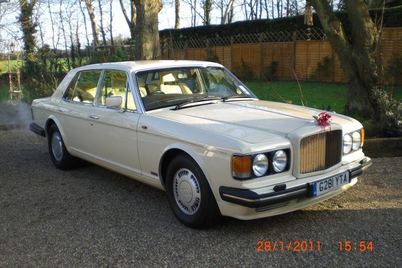White Bentley Turbo R