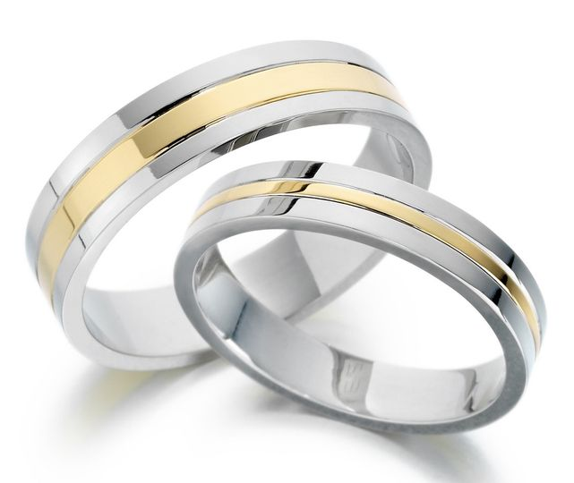White & yellow gold rings