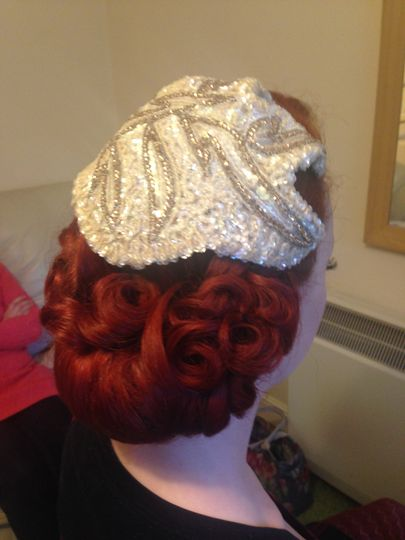 Lipstick and Curls hair