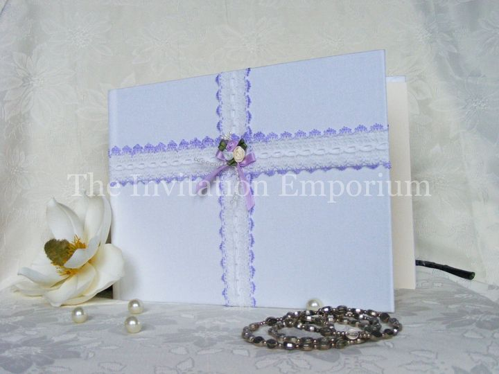 Matching guestbooks.