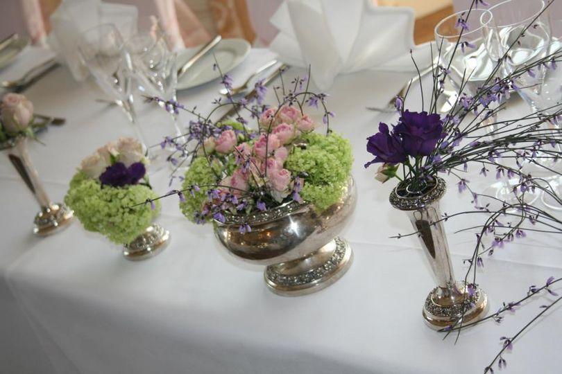 Top table flower arrangements