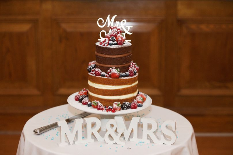 Wedding cakes and decor