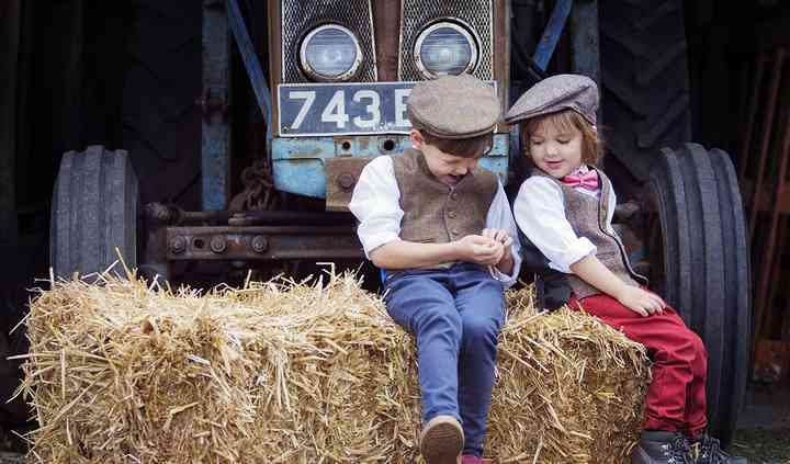 Kids Tweed also available