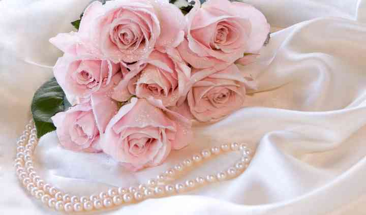 Beauty in Pearl.....with a touch of ice