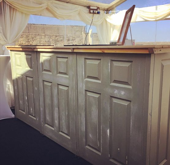 Mobile Bar Shabby Chic.Shabby Chic Bar Perfect For Ma From Nickynoo Quirky Mobile Bars