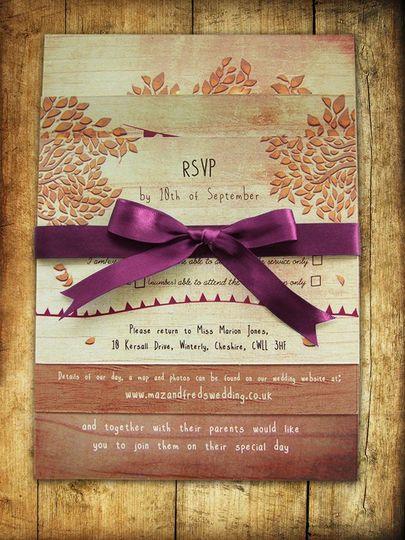 Golden autumnal invitations