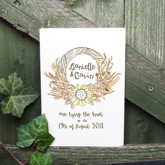 Floral wedding wreath cards
