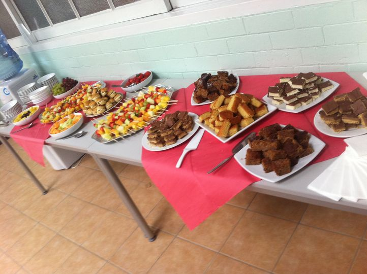 Seasonal fruit and cake buffet