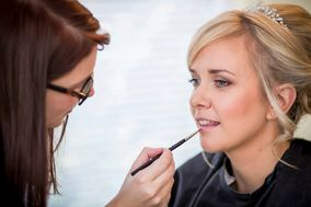 Jen Hunter - Make Up Artist
