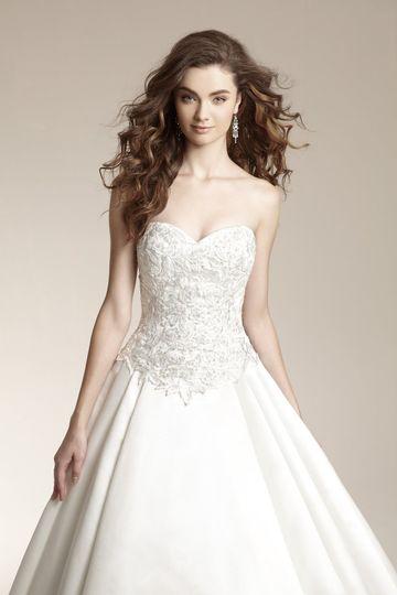 Wedding Dress by Jasmine