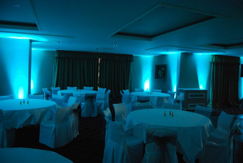 Teal uplighting