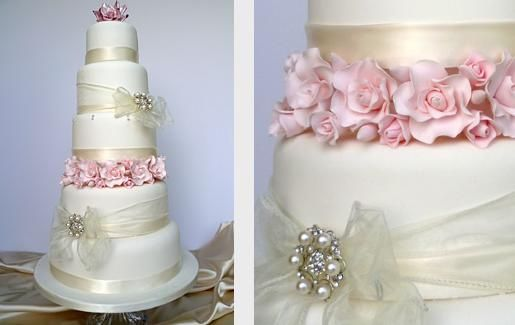 Five tier wedding cake from Ivory Cake Company | Photo 9