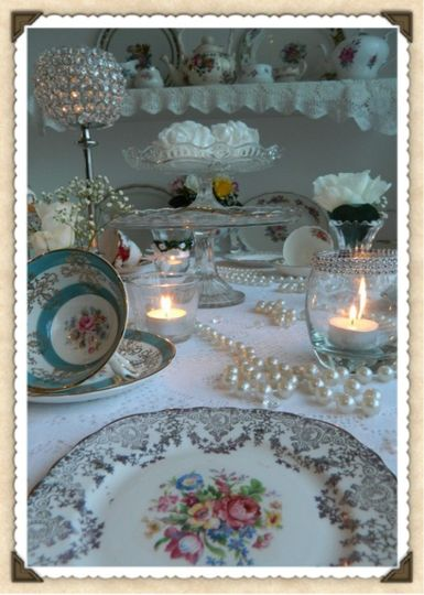 Vintage Sparkle Table Setting