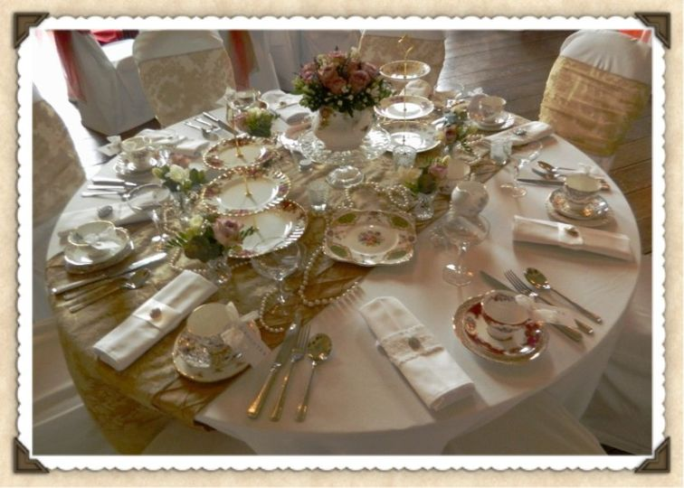 Vintage Table Setting. The Northern Vintage Crockery Co & Vintage Table Setting from The Northern Vintage Crockery Co | Photo 1