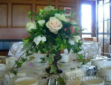 Table centre arrangement