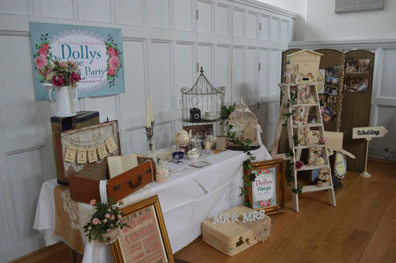 Dolly's Vintage at St. Paul's