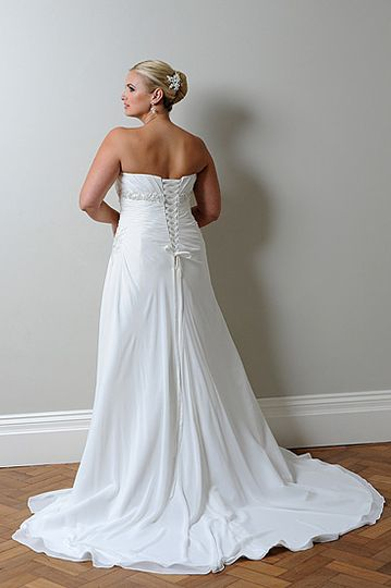 Callista Range for Brides with Curves13