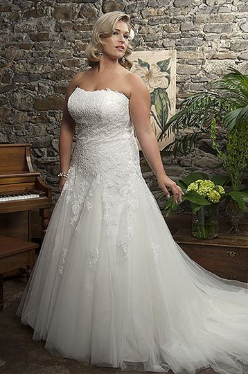 Callista Range for Brides with Curves4