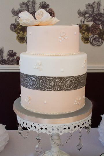 Grace Vintage Cake