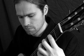 Stephen Biggs - Classical Guitarist