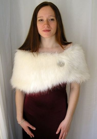 Antique Ivory Faux Fur Wrap
