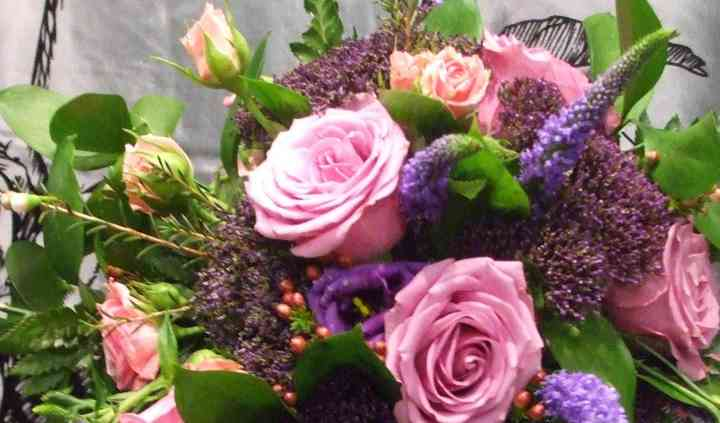 Bloomingwales Flowers of Distinction