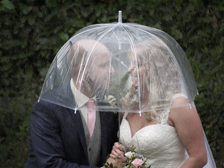 Belfast Weddings in the rain