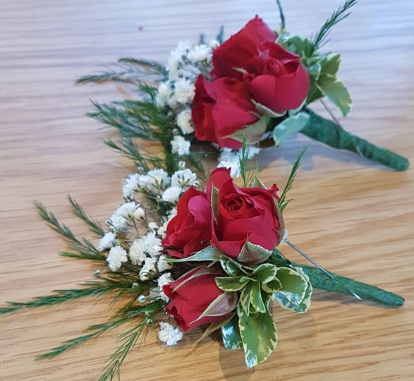 Traditional Buttonholes