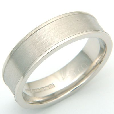 Textured Gents Wedding Ring