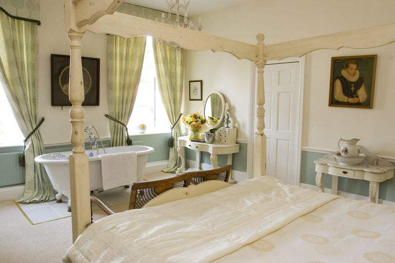 Guest Room - Ladys Room