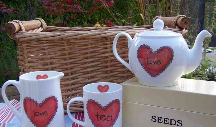Fine Bone China Love Set