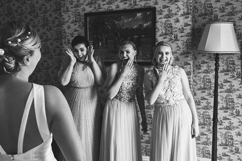 Bride Team happiness