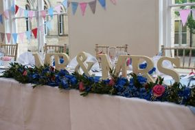 Love Birds - Bespoke Vintage Weddings