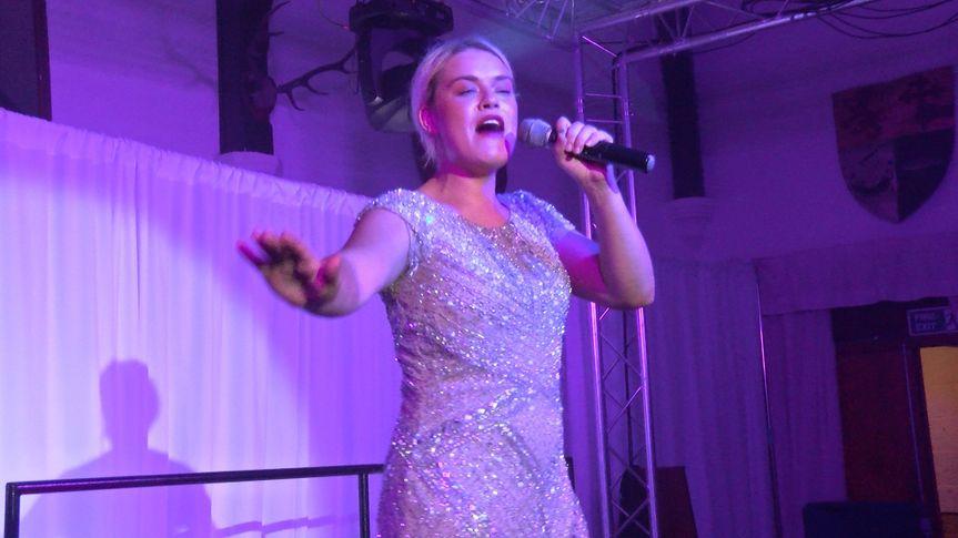 Leonie Voss in Concert