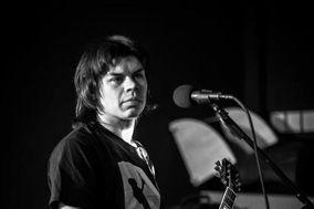 James Martin - Acoustic Guitarist
