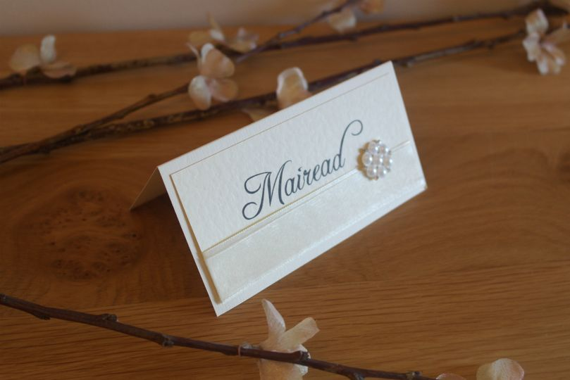 DB Pearl Place Card