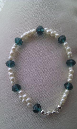 Teal & pearl bracelet