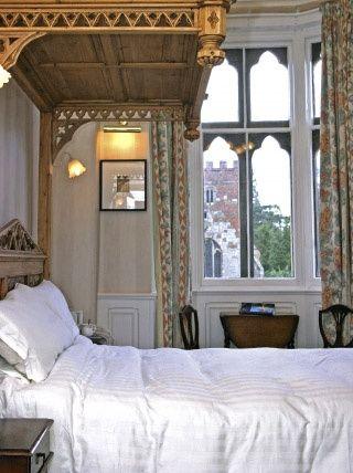 Wroxall Abbey Estate room