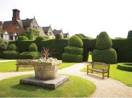 Billesley Manor garden