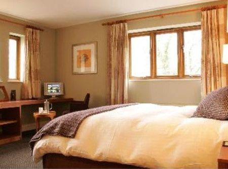 Billesley Manor room